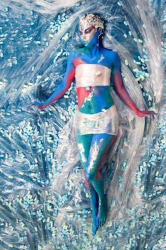Iris Loehr - New American Beauty